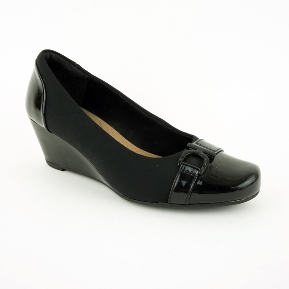 76d73fa628c4 Clarks Shoes - Clarks Women s Flores Poppy Wedge Pumps